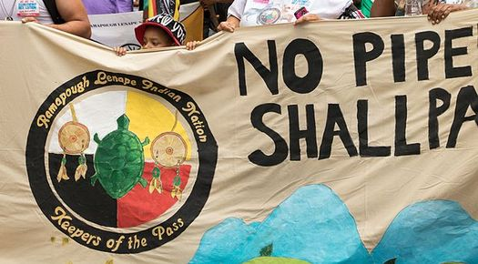 Veterans are joining protestors of a pipeline planned to be routed through Native American land in North Dakota. (Becker 1999/Wikimedia Commons)