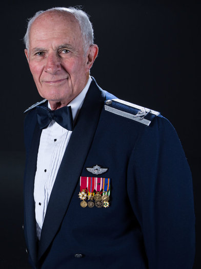 Dr. Len Kirschner, a retired USAF colonel and active volunteer, is the 2016 recipient of the AARP's highest honor, the Andrus Award. (AARP Arizona)