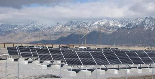 The falling cost of solar and wind is changing the energy picture in the developing world. (World Resource Institute)