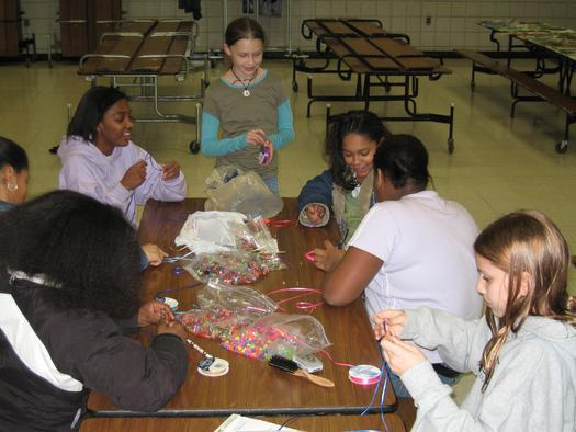 Many Tennesseans are answering Martin Luther King Jr.'s call to give back to others. (Working Kind/morguefile.com)