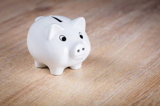 "Credit unions in the Northwest are offering ""prize-linked savings"" programs that offer a chance at rewards for saving money. (andibreit/Pixabay)"