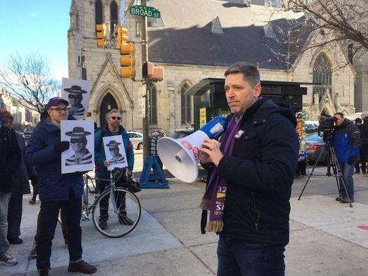 Gabe Morgan, 32BJ SEIU, leads a rally of low-wage workers in Philadelphia on Monday. (32BJ SEIU)