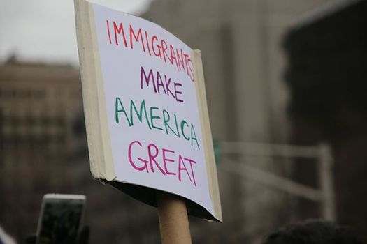 A report summarizing four decades of research concludes that immigrants benefit U.S. communities and do not increase crime. (Pixabay)