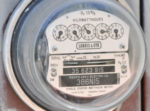 Utility scams are making the rounds at record levels around the nation, and advocates say consumers in the Commonwealth need to beware. (SmartMeters.org)