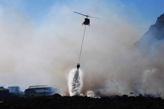 Fighting fires by helicopters and airplanes increased after an upsurge in Colorado wildfires in 2012 and 2013. (Pixabay)