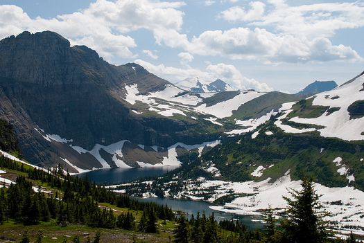 Montanans rally at Glacier National Park for Saturday's People's Climate March. (jankgo/Flickr)