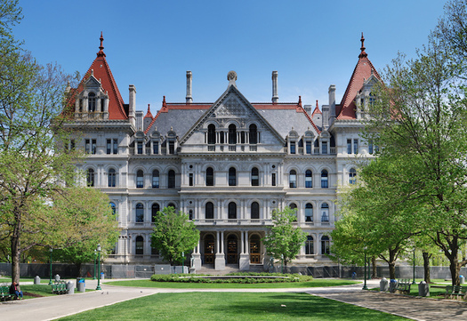 The Senate Finance Committee has passed the Comptroller's Clean Contracting Bill. (wadester16/Flickr)