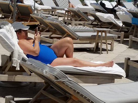 For Granite Staters trying to shed pounds this summer, a new study finds text alerts from doctors can help. (M. Clifford)