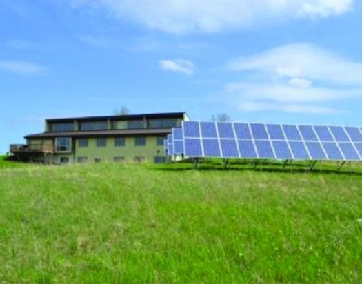 A record number of Americans have turned to solar energy to power their homes. (energy.gov)