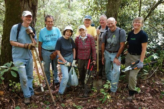 The new Brushy Face Trail was constructed completely by hand with the help of volunteers. (Highland Cashiers Land Trust)