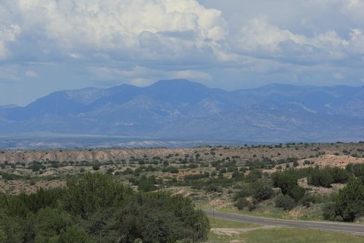 Most of Nevada's elected leaders oppose the proposal to build a nuclear waste dump at Yucca Mountain. (Taliesin/Morguefile)