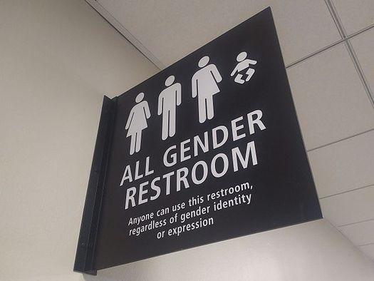 In 2015, the Washington Human Rights Commission passed a rule that guarantees people access to bathrooms designated for the gender with which they live. (Checkingfax/Wikimedia Commons)