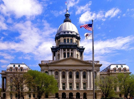 "If a balanced budget isn't in place on July 1, Illinois could become the first state with a ""junk"" status rating for its general-obligation debt. (il.gov)"