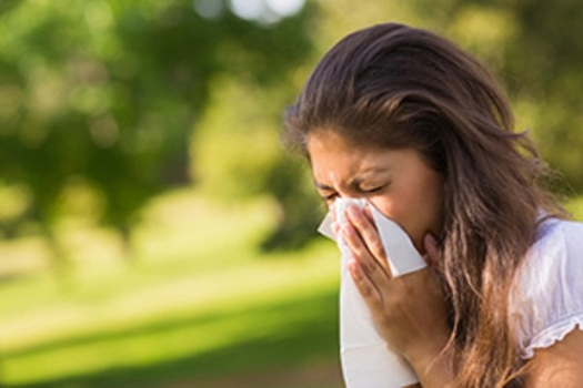 Pollen-producing allergens are reported in every Illinois county. (cdc.gov)