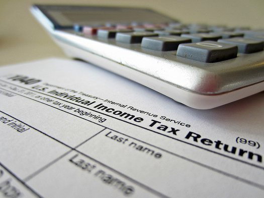 The AARP Tax-Aide Foundation helped return more than $52 million to nearly 73,000 Oregonians this year. (Flickr/401(K) 2012)