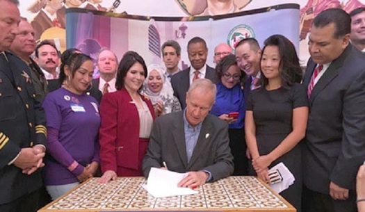 Illinois Gov. Bruce Rauner signed the Trust Act for immigrants recently but won't get involved in the fight over DACA. (il.gov)