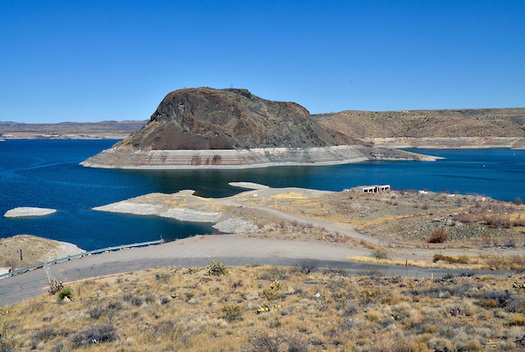 New Mexico's Elephant Butte Reservoir remained near capacity throughout the 1990s but an 18-year drought caused levels to drop sharply starting in 2000. (USGS)