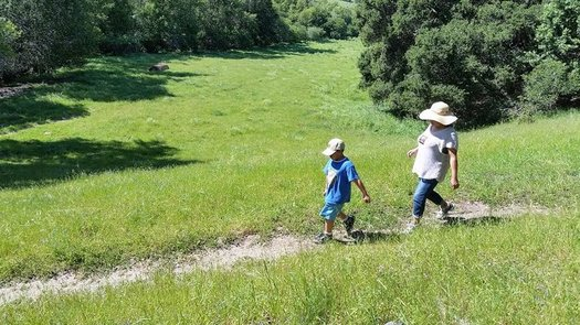 A new report shows that Asian and white children in California score significantly higher on measures of well-being compared to American Indian, Latino and African American kids. (Latino Outdoors)