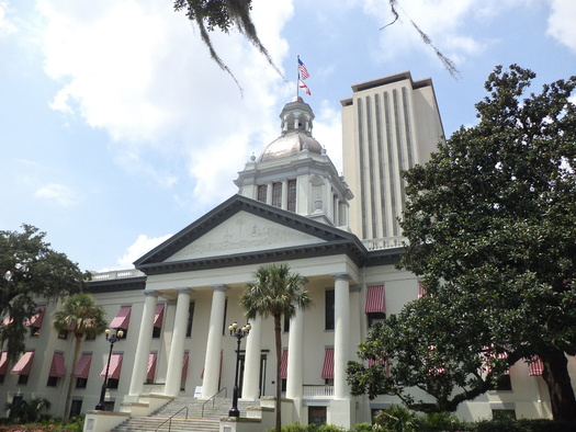 """As an early 2018 legislative session looms, a """"People First Report Card"""" reveals where Florida lawmakers stand on some of the issues. (Florida Capitol/Wikimedia Commons)"""