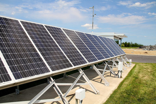 Tennessee, like other southern states, has significant potential in the growth of solar energy, but Tennesseans for Solar Choice says it is a largely untapped resource in the Volunteer State. (Emily/flickr)
