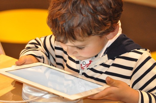 According to one study, mobile media device use has tripled among young children aged 5 to 16 in the past six years. (Pixabay)