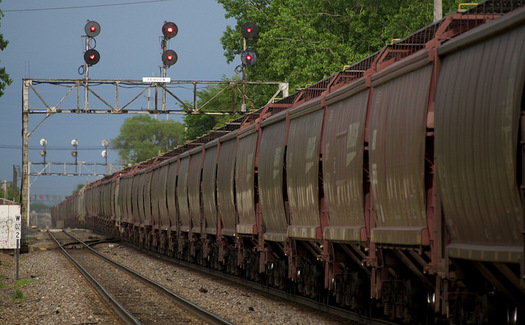 Farm producers in North Dakota only have one choice of rail service. (Michael Matalis/U.S. Department of Agriculture)