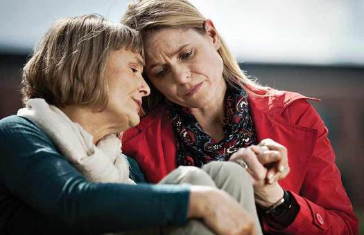 Experts says caregivers can reduce holiday stress by asking for help from others and eliminating unrealistic expectations. (nextavenue.org)