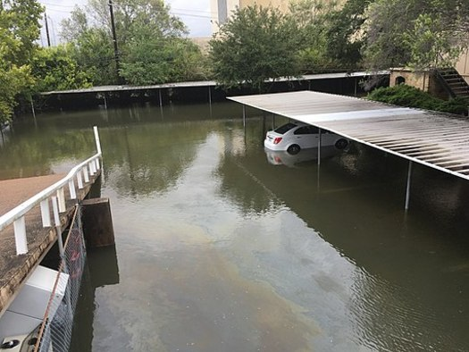 Many activists believe the flooding in Houston was worsened by climate change, and oppose the nomination of climate skeptic Kathleen Hartnett White to the federal Council on Environmental Quality. (Crap Mariner/Wikimedia Commons)