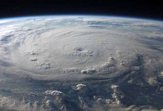 The extreme weather that hit the U.S. in 2017 included three major hurricanes. (WikiImages/Pixabay)