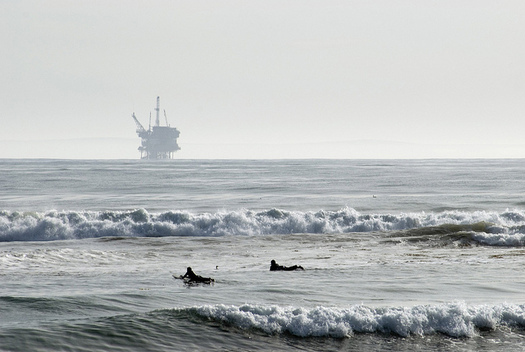 """Sen. Bill Nelson, D-Fla., calls the feds' decision to exempt Florida from offshore drilling """"a stunt."""" He's seeking a permanent ban. (Berardo62/Flickr)"""