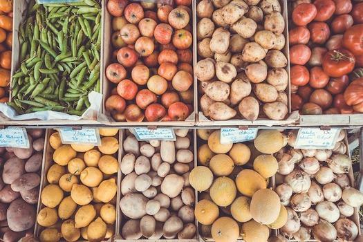 Studies show that SNAP benefits help families purchase healthier diets. (Pexels/Pixabay)