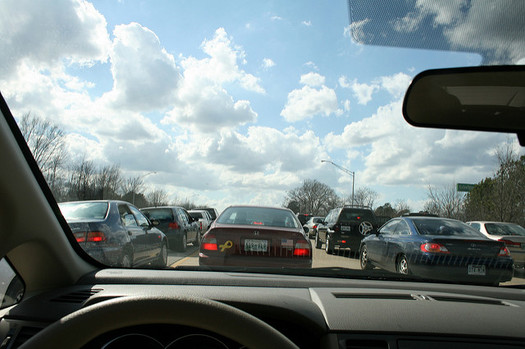 Heavy traffic and dilapidated roads and bridges are among the problems Tennessee mayors hope will be addressed with increased infrastructure funding from the federal government. (Lindsay Turner/flickr)
