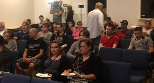 Latino groups gathered Tuesday evening in Phoenix to watch the State of the Union address. (Promise Arizona)