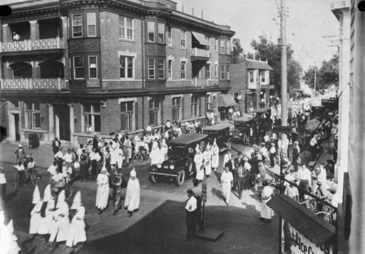 Pulaski, Tenn., is considered the birthplace of the Ku Klux Klan. Pictured here, klansmen march in a New Jersey funeral for a Klan member. (Bundesarchiv, Bild)