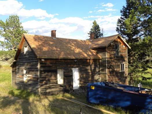 Recreational users on public lands can now use an app to report vandalism such as that at the Meeker Ranch homestead in 2016. (historicorps.org)