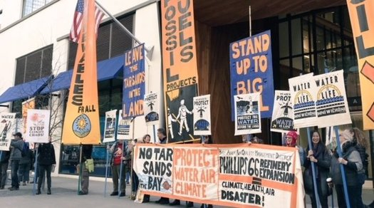 Environmental advocates want the Trump administration to block a permit to expand a Bay Area oil refinery. (Jason Pfeifle)