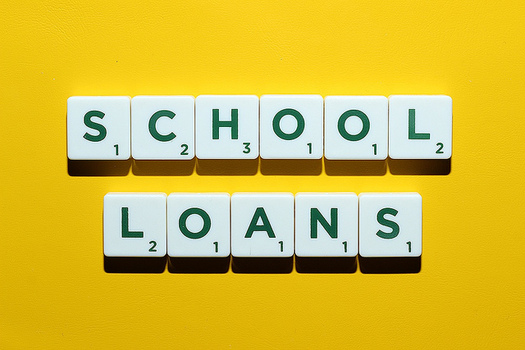 Tennessee laws can no longer protect consumers from unscrupulous student loan service companies. (cafecredit.com/flickr)