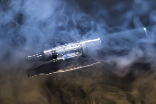 Almost 25 percent of Pennsylvania high-school students are using e-cigarettes. (rolandmey/Pixabay)