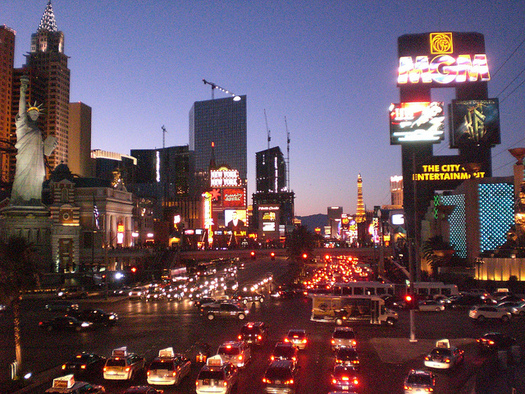 Las Vegas is one of the fastest-warming and one of the smoggiest cities in America. (Marco Verch/Flickr)