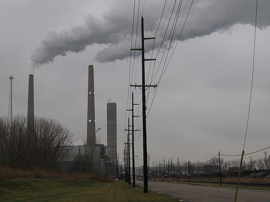 The Monroe Power Plant, opened in 1974, is just one such coal-burning facility in Michigan set to close by 2040. (Wikimedia Commons)