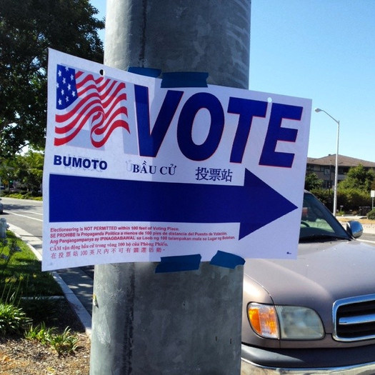 Arizonans have just two weeks left to register to vote in the Nov. 6 election. (Richard Masoner/Flickr)