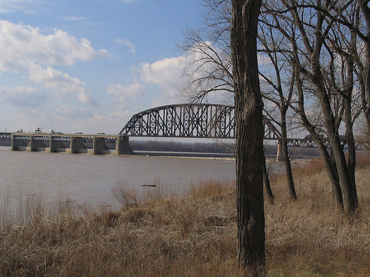 Environmental groups say water quality control standards for the Ohio River are crucial for Indiana, given its position downstream. (Ken Lund/Flickr)
