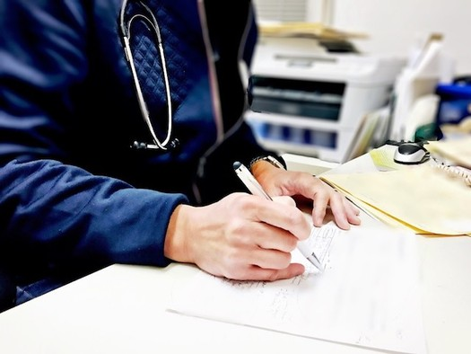 More than 70 percent of Oregonians who bought private plans through through the federal health-care marketplace last year received financial assistance. (gigibunny/Twenty20)