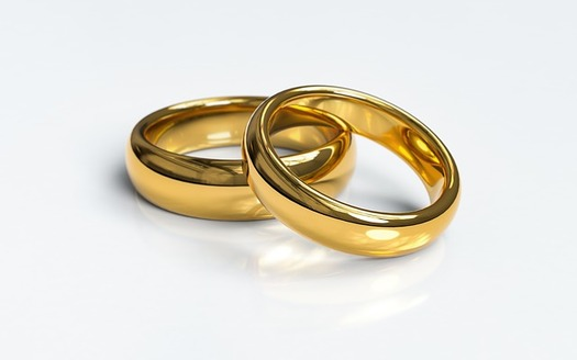 Supporters of the Pastor Protection Act contend it's needed to prevent tension and lawsuits regarding same-sex marriage. (qimono/Pixabay)