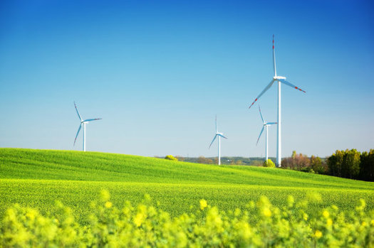 The Grain Belt Express Clean Line project would bring wind power from Kansas to Missouri, Illinois and Iowa. (Niserin/iStockphoto)