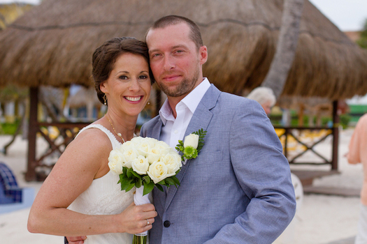 Sara Hoffman suffered a heart attack on the plane to Mexico for her wedding. She survived and made it to Mexico two days later. (Sara Hoffman)