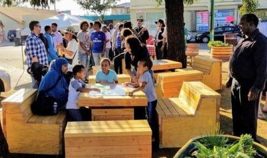 """La Corporación de Desarrollo """"City Heights"""" de San Diego ganó los subsidios del Reto Comunitario de la AARP (""""AARP Community Challenge"""") en 2018 y 2019. Este parque de El Cajón debutó el otoño pasado. (CHDC)"""