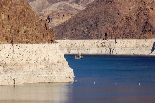 An extended drought has caused the water levels in Lake Mead near Las Vegas to drop more than 100 feet since 2000. (alexfamous/AdobeStock)