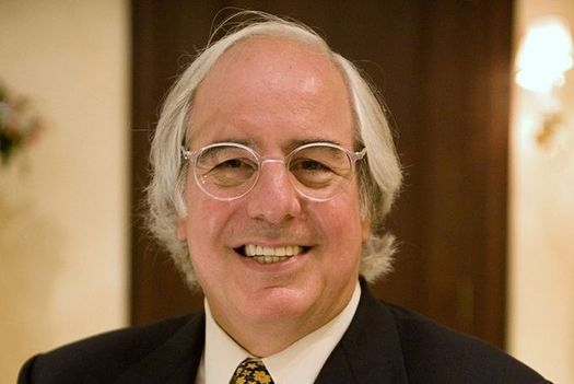 Frank Abagnale was a notorious con artist, but now helps others from becoming victims of fraud.(WikiMediaCommons)