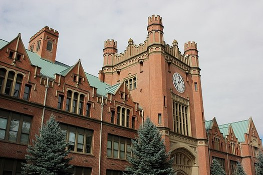 Report More Burden for Students as Higher Ed Funds Decrease